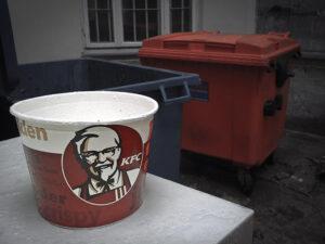 Śmieciowe jedzenie. Autor: Wicher